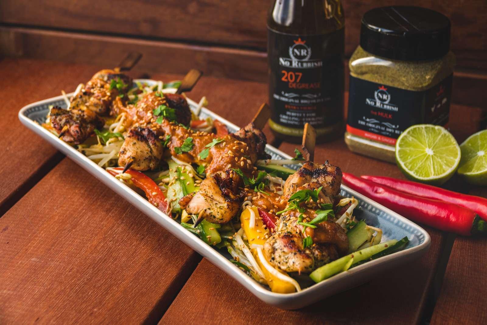 Recept | Oosterse Kipspiesen met Taugé salade