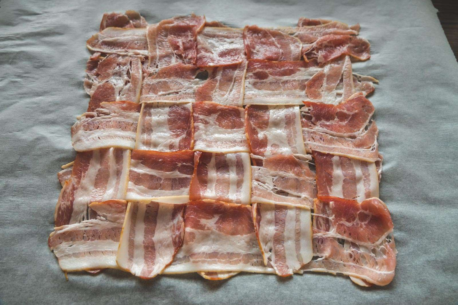 Receptafbeelding | Bacon Wrapped Meatloaf | gevlochten bacon